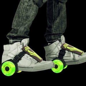 🌟NWT! Yvolution Neon Green Unisex Street Rollers